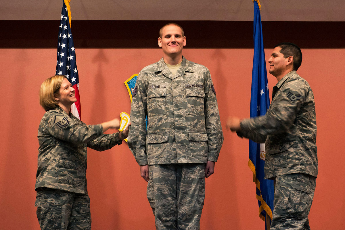 Air Force Taps 16 500 Senior Airmen For Promotion To Staff