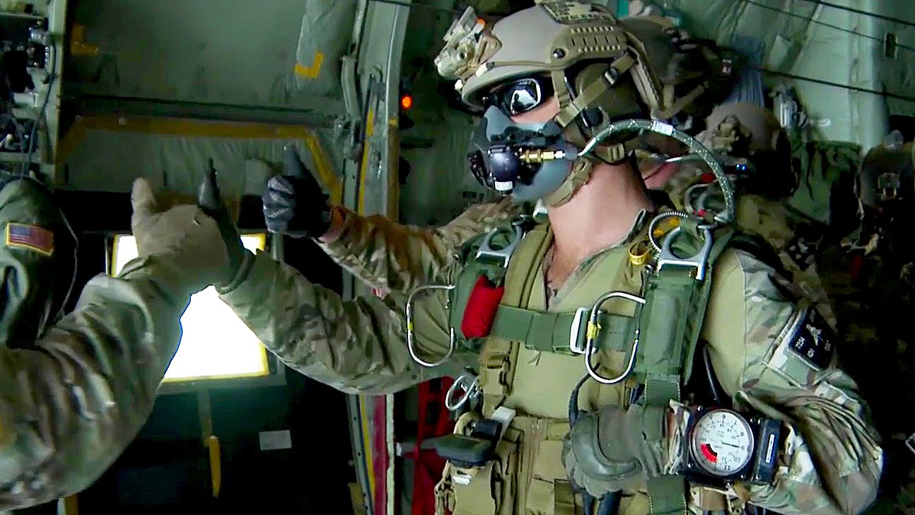 U S  Army Special Forces Green Berets - High Altitude Jump | RallyPoint