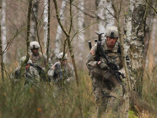 635556187037646591-arm-europe-troops-2