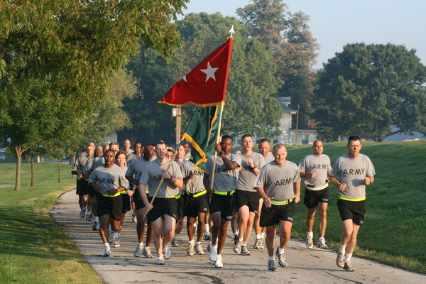 Us_army_52264_cg_runs_command__leaders_pt_with_fontaine