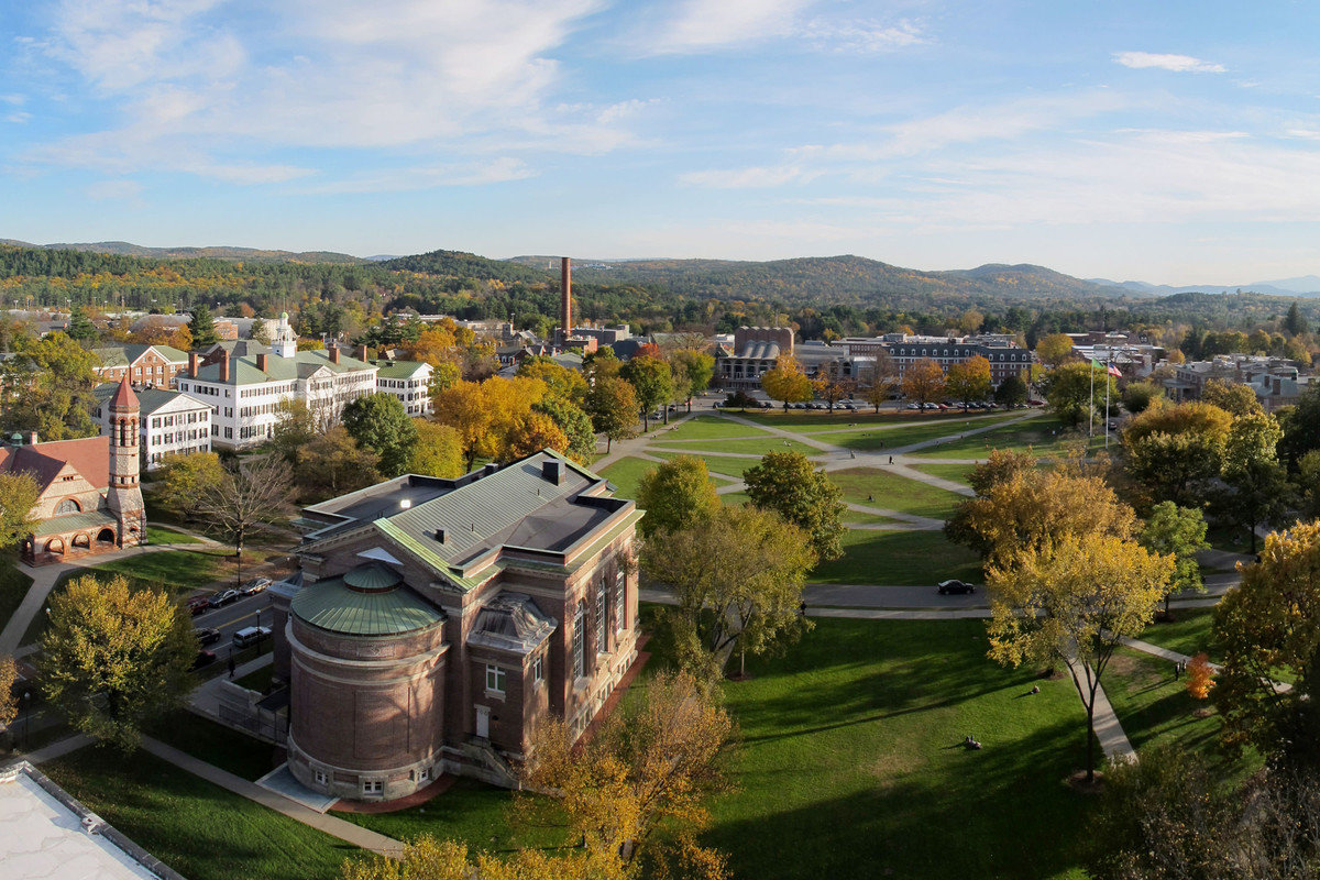 academically how does the usma west point compare to ivy league