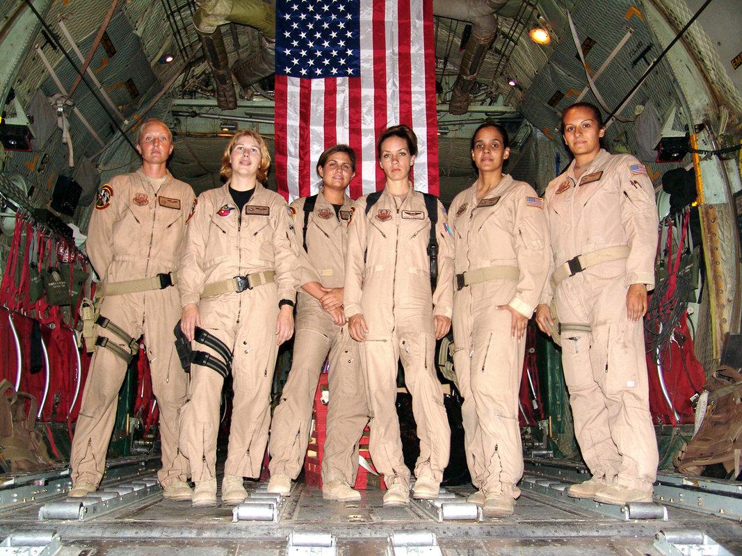 Dating Navy uniformen
